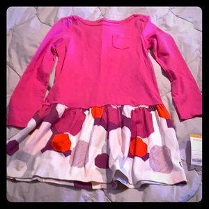 Long-sleeved pink dress
